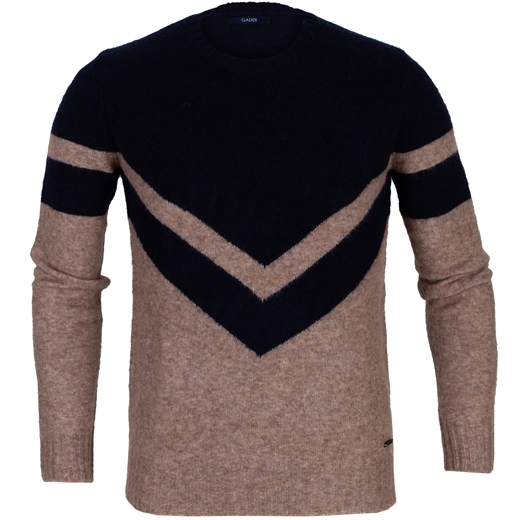Soft Wool Blend Pullover With Contrast V Design-new online-Fifth Avenue Menswear